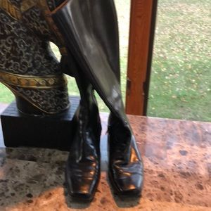 Size 6 Enzo Angiolini Walking Boots Knee high